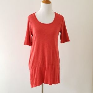 J. Jill XS pima dipped-hem tunic red seamed border